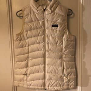 Patagonia Water Repellant vest (big kids) size XXL